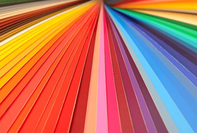 קשת צבעים עזים